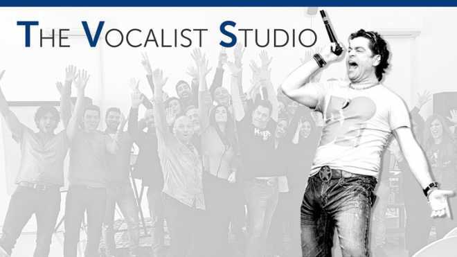 BECOME A GREAT SINGER: Your Complete Vocal Training System