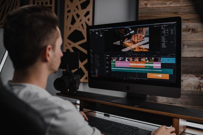 Full Time Filmmaker – Davinci Resolve Editing Workflow